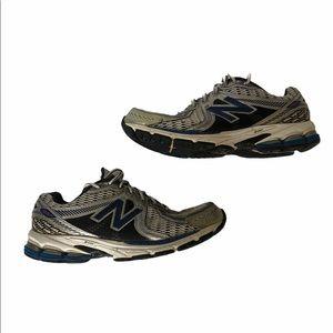 Men's 2E Wide New Balance 860 V2 Running Sneaker